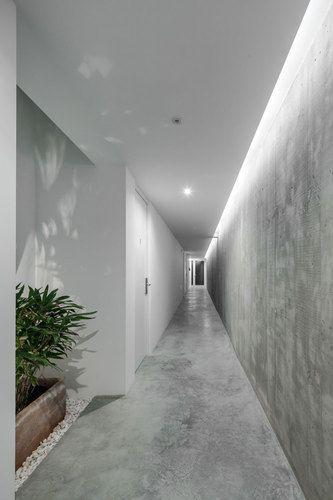 Beautiful concrete finish on walls and floors at [i]da arquitectos — Rural Tourism Pé no Monte   #concrete