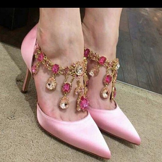 It's A Pink Thing ❤️⭐️#highheels #heels #platgorm #TagsForLikes  #fashion #style #stylish #love #cute #photooftheday #tall #beauty #beautiful #instafashion #girl #girls #model #shoes #styles #outfit #instaheels #fashionshoes #shoelover #instashoes #highheelshoes #trendy #heelsaddict #loveheels #iloveheels #shoestagram