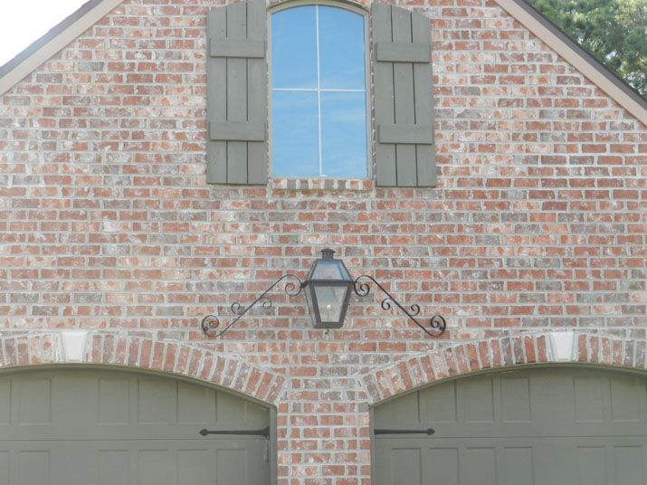 Boral Old Jackson Qs In 2019 Tudor House Exterior Brick
