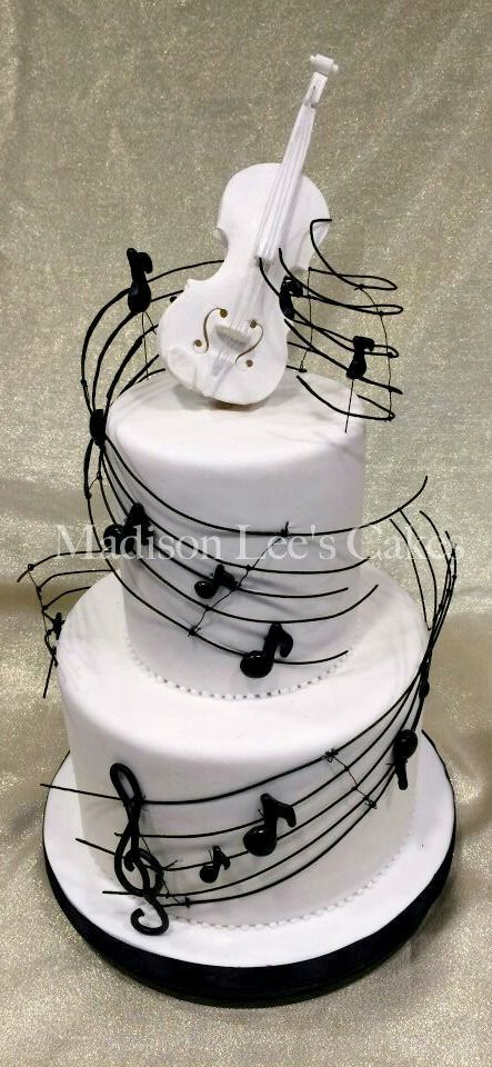 Music Themed Cake by tiquis-miquis