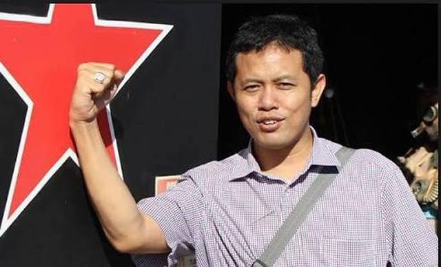 MRI: Lebaran Usai Saatnya Kita Konsolidasikan Kekuatan Melawan Rezim Jokowi Pro Cina http://news.beritaislamterbaru.org/2017/07/mri-lebaran-usai-saatnya-kita.html