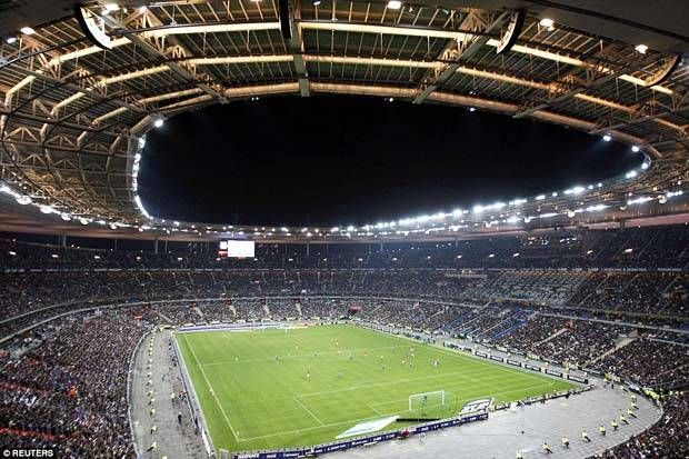 Stadion Mewah nan Megah yang Dibangun Di Atas Pabrik Gas Tua  http://soccer.sindonews.com/pialaeropa/read/1115338/200/stadion-mewah-nan-megah-yang-dibangun-di-atas-pabrik-gas-tua-1465464868  #EURO2016 #PialaEropa2016 #SINDOnewsEURO2016