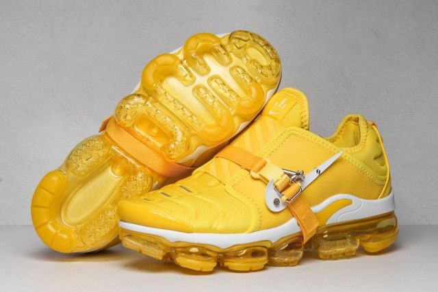Nike Air VaporMax Plus OA LM in yellow
