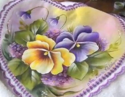 Pintura em Tecido Passo a Passo: Pintura em tecido amor perfeito