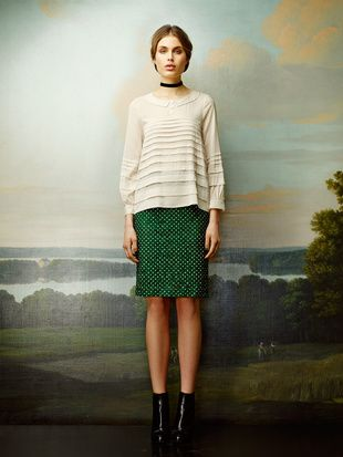 Rützou green lace skirt with dots and white shirt