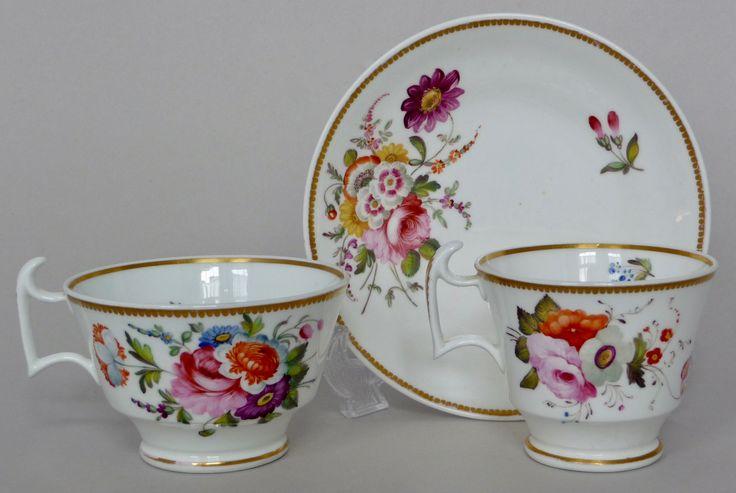 Spode 'London-shape' trio, 1824  スポード 夏の花のブーケが美しい「ロンドンシェイプ」のトリオ, 1824年