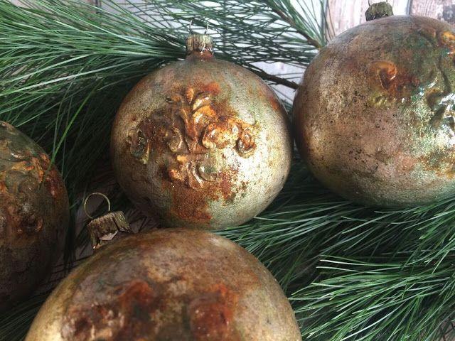 Decoupage Garden Blog: Pordzewiałe bombki