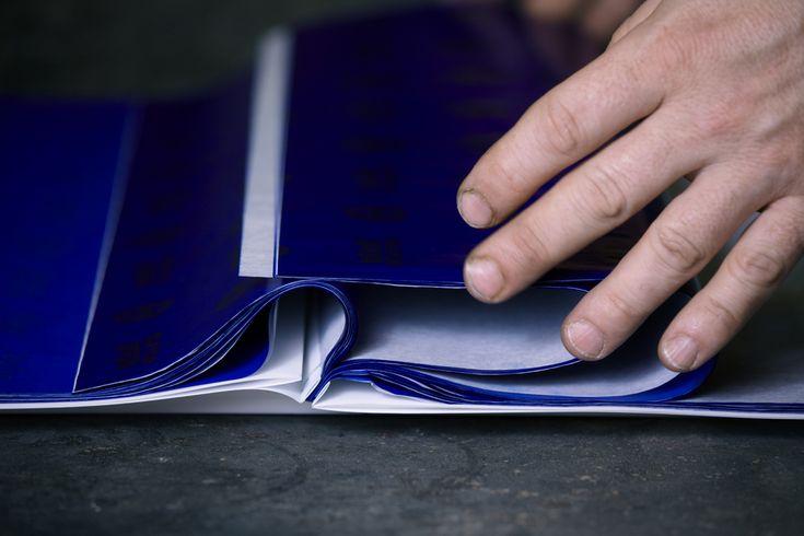 Didier Mutel, livre d'artiste R217A : papier de soie + papier carbone