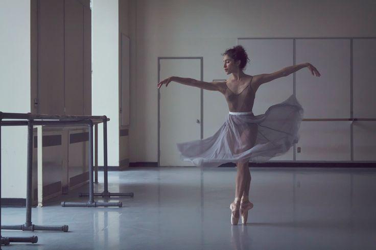 Leta Biasucci   Pacific Northwest Ballet   ©Lindsay Thomas