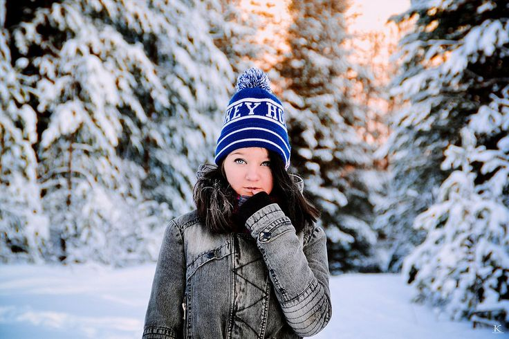 Идея для фотосессии зимой Фотограф: Ксения Кюнтиева✔ #фотограф #фотосессия #ребенок #семья #портрет #идея_для_фотосессии #девочка #фотоуроки #зима #снег #фотография