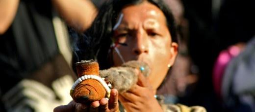 P3 - Ugh Ugh: Indianernes fredspibe var stoppet med kaktus og bison