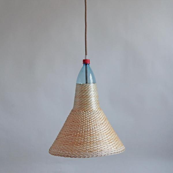 PET Lamp Chimbarongo S-B de Álvaro Catalán de Ocón de PET Lamp Studio S.L. por DaWanda.com