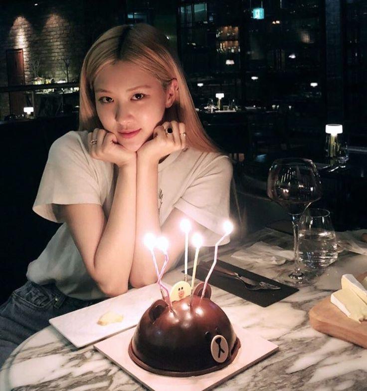 blackpink rose   Blackpink rose, Birthday girl pictures, Birthday photoshoot