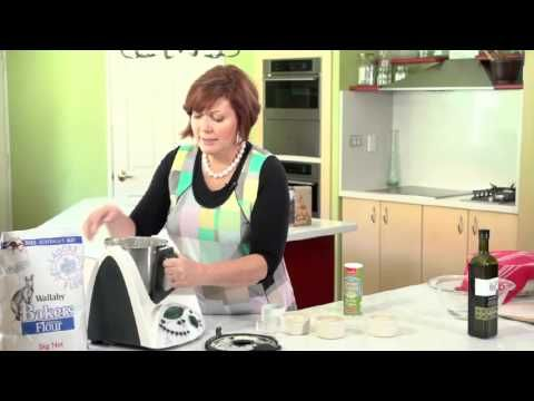 Naan Bread - Cooking with a Thermomix - Tenina Holder