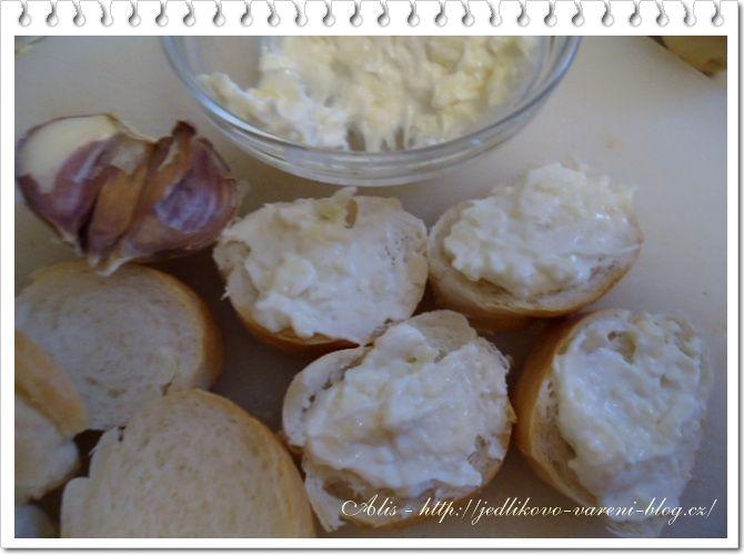 Jedlíkovo vaření: Pomazánky - klasická česneková pomazánka #recept #pomazanka #svacina #cesnek