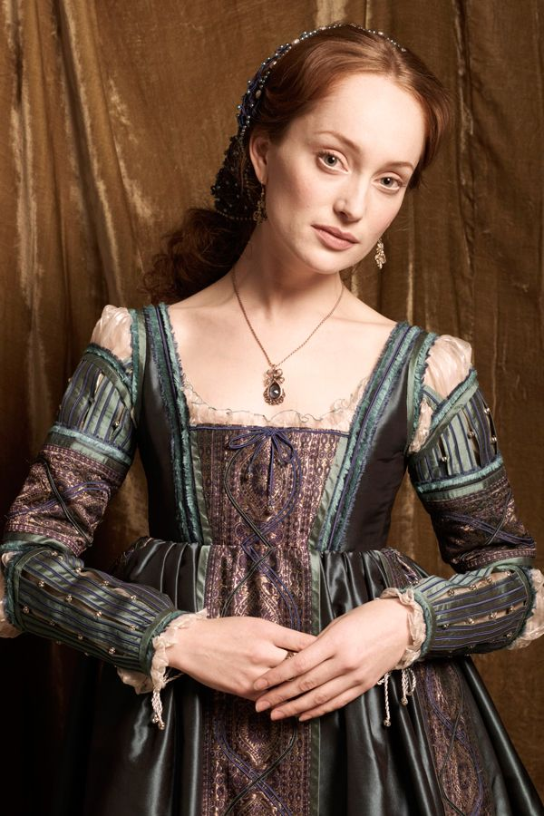 Lotte Verbeek | Lotte Verbeek - Filmweb This is the face of Ariella, daughter of Saul, the textile merchant and moneylender in Venice.