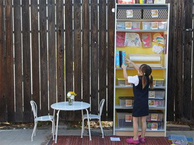 How to Build the Perfect Kids' Craft Station (that they'll clean up too): Crafts Shelves, Crafts Stations, Crafts Area, For Kids, Kids Activities, Kids Crafts, Kids Bookshelves, Art Supplies, Crafts Center