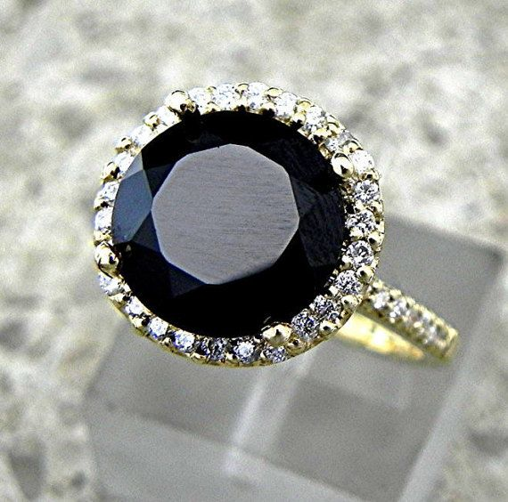 AAA natuurlijke onbehandeld 10mm ronde zwarte Spinel (4.65 ct) set in 14 K geel gouden Halo ring met .35carats van diamanten 901  Dit een zeer