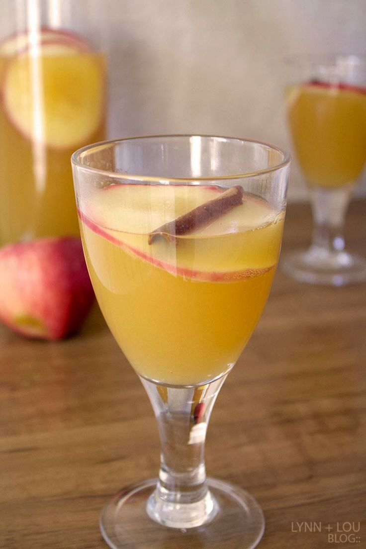 Delicious apple-ginger fizz!