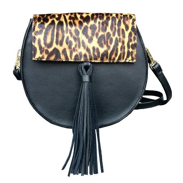 Nowy model już niedługo w kreatorze!  www.nonou.pl #nonou #bags #torebka #minibag #bohostyle #leatherbag #handmade #handmadebag #itbag #newin #comingsoon #polishfashion #animalprint #leopard #pantera #bohobag #womenstyle #womensfashion #frędzle #fun #zaprojektujtorebkę #warszawa #warsaw