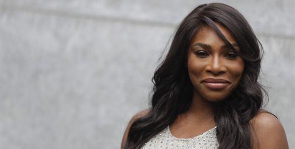 Serena Williams critica doble estándar para mujeres atletas