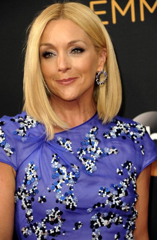 Jane Krakowski looks great in blue beaded gown by Bibhu Mohapatra