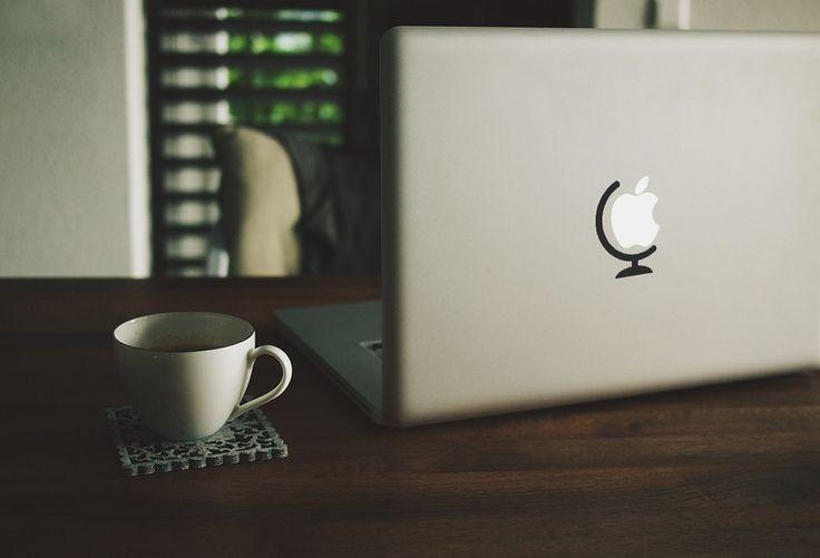 MacWorld || MacBook sticker || our online store: https://www.etsy.com/shop/PasteITsticker || our facebook page: https://www.facebook.com/pasteit.it || #pasteit #sticker #stickers #macbook #apple #blackandwhite #art #drawing #custom #customize #diy #decoration #illustration #design #technology #computer #pc #world #concept #idea #tiny #minimalist #decal #skin #cover #laptop