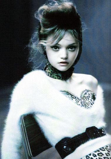 Gemma Ward    http://fashionsmostwanted.blogspot.com/2011/01/my-favourite-photographers-paolo.html