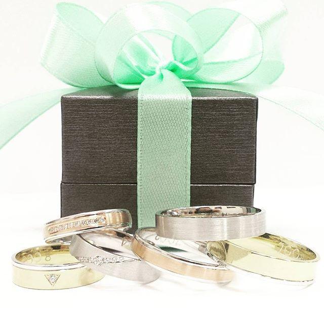 Nowa kolekcja obrączek ślubnych You&Me - biżuteria, która przy każdym spojrzeniu mówi o niewidocznej więzi między dwoma osobami.