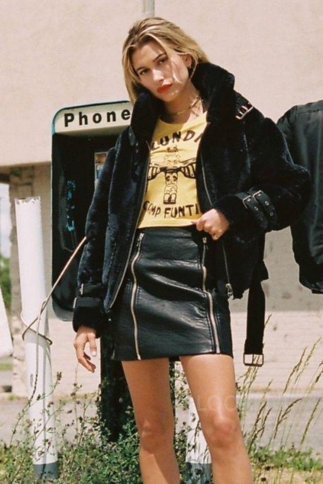 Hailey Baldwin - Models for Eleven Paris