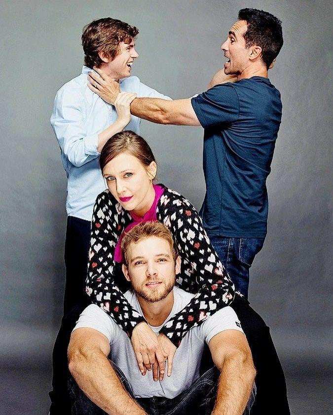 Pin By Dava Lynn On Actors Gonna Act Bates Motel Bates Motel Cast Freddie Highmore