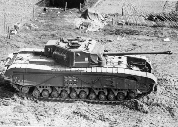 krk- Desde los días de la Segunda Guerra Mundial los tanques británicos están equipados con todo lo necesario para la preparación del té.