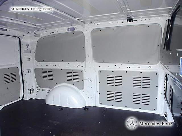 Mercedes-Benz Vito 113 CDI lang 3 Sitze AHK, Transporter Kastenwagen in Regensburg, gebraucht kaufen bei AutoScout24 Trucks