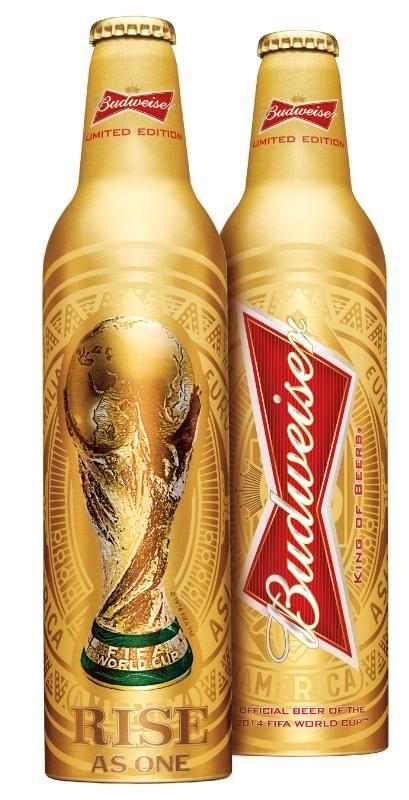 Nova garrafa de Budweiser estampa a taça da Copa do Mundo