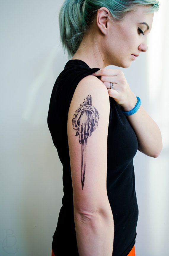 Hand of the King Temporary Tattoo by SeventhSkin on Etsy