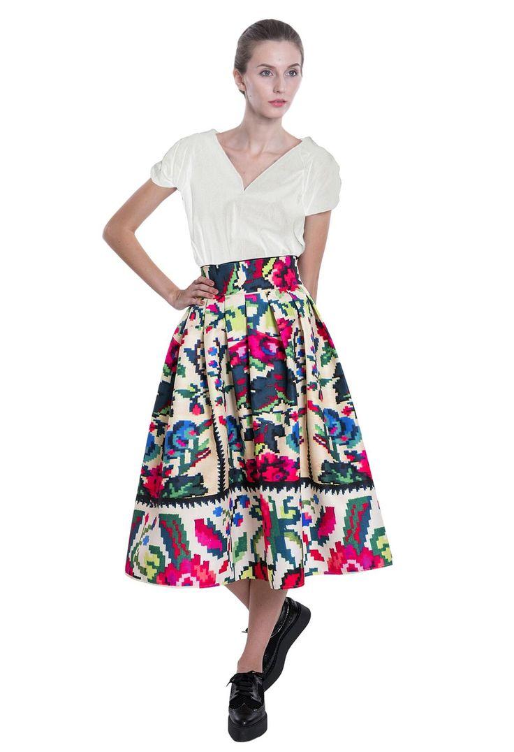Etno Star Skirt #lana #dumitru #lanadumitru #digitalprint #etnomotifs