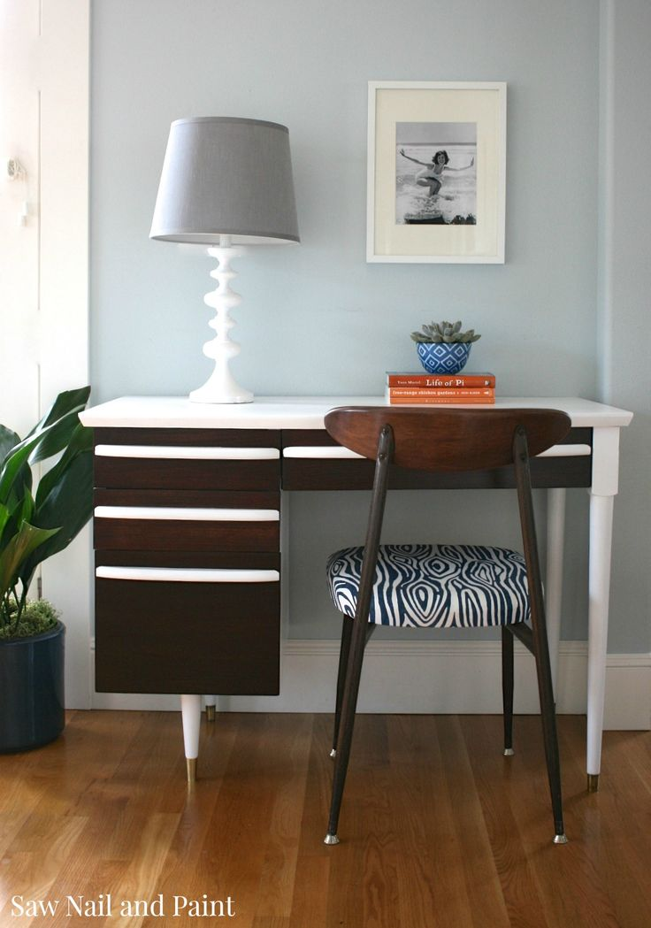Midcentury white desk and chair