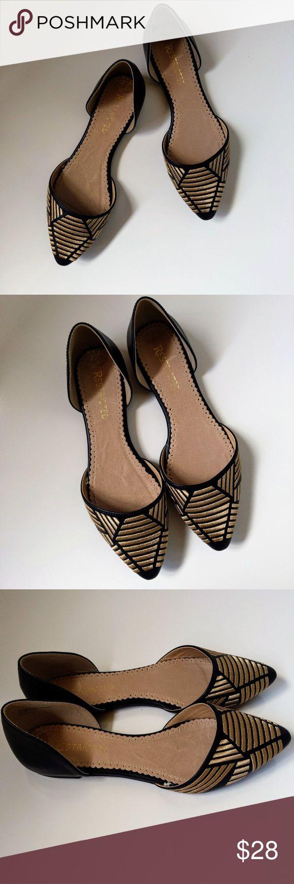 Eingeschränktes Schwarz & Gold D & # 39; Orsay Flats- 7 EUC, kaum getragen. Entzückendes Schwarz …   – My Posh Picks