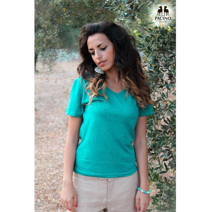 T-shirt a manica corta collo a V in jersey leggero Donna #PACINO ® color Blu Baltico 55% #canapa e 45% cotone bio in jersey Cod. PFTS1114 #bottegadellacanapa