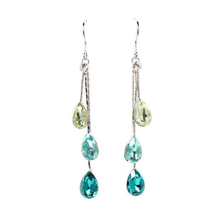 Aros enchapados en platino con #cristales austriacos.