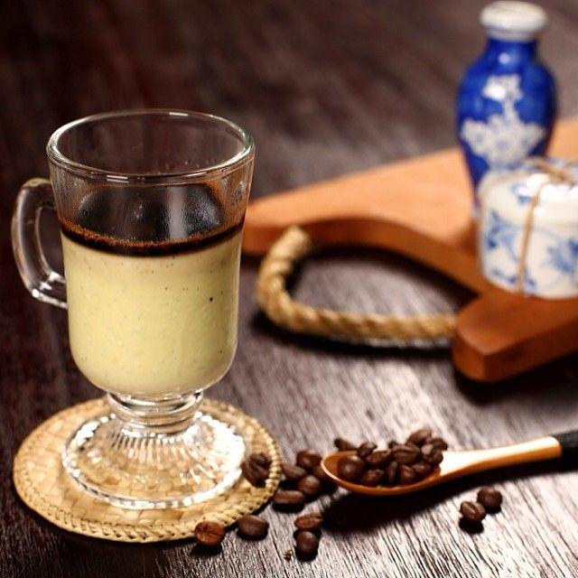 AVOGATO - Creamy #avocado #pannacotta served with dark #chocolate shards and hot #espresso #coffee #howdyhelloholaheyho #H5 #opcoindonesia https://www.facebook.com/H5OPCO