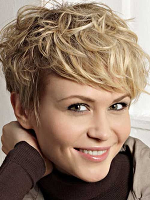 Short Wavy Pixie Hairstyles-14