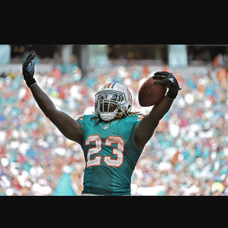 Our newest #fantasyfootball podcast just dropped on the site #itunes  #soundcloud and everywhere else. In it we discuss reader questions and at least one of us is in love with Jay Ajayi. Do you guys believe in him for 2017?! - #fantasy #fantasyfootballpodcast #nfl #fantasylife #fantasyfootballmeme #fantasyfootballteam #fantasyfootballchamp #footballtime #footballnews #footballgame #miamidolphins #dolphins #miamifootball #nfl2017 #nflmeme #footballpodcast #nflgear #nflmemes #nfltop100…