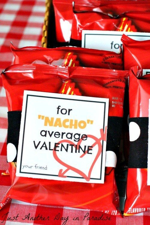 """These are """"nacho"""" average valentines. 