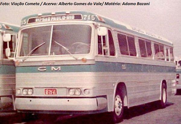 Ônibus carroceria Striuli, modelo Silver Jet, motor GMC Detroit Diesel. Cometa tentou continuar com produção nacional, por parcerias, o sucesso do ônibus norte-americano. Foto: Viação Cometa/Acervo: Alberto Gomes do Vale.