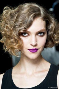 O chanel assimétrico é moderno e não deixa o cabelo armado