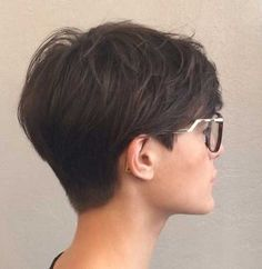 ladies different hair styles best 25 pixie hairstyles ideas on pixie 5970 | a667a0ea04a5055a5970c25ea51a7bed