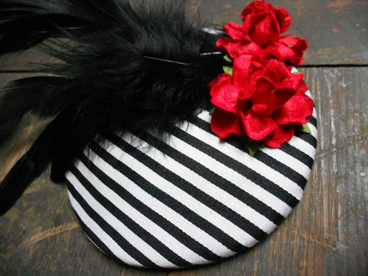 Handmade striped fascinator by Miss Moss <3