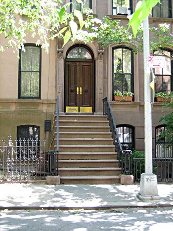 64 Perry street, New York AKA Carrie's Apartment in SATC