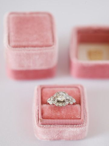 The Pemberly- velvet ring boxes. these are beautiful